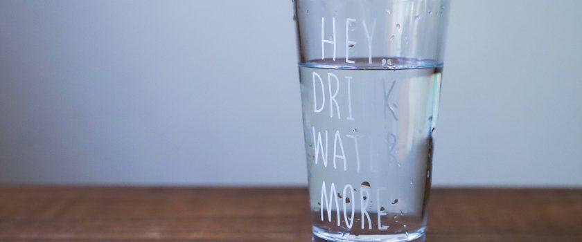 Glas_Leitungswasser